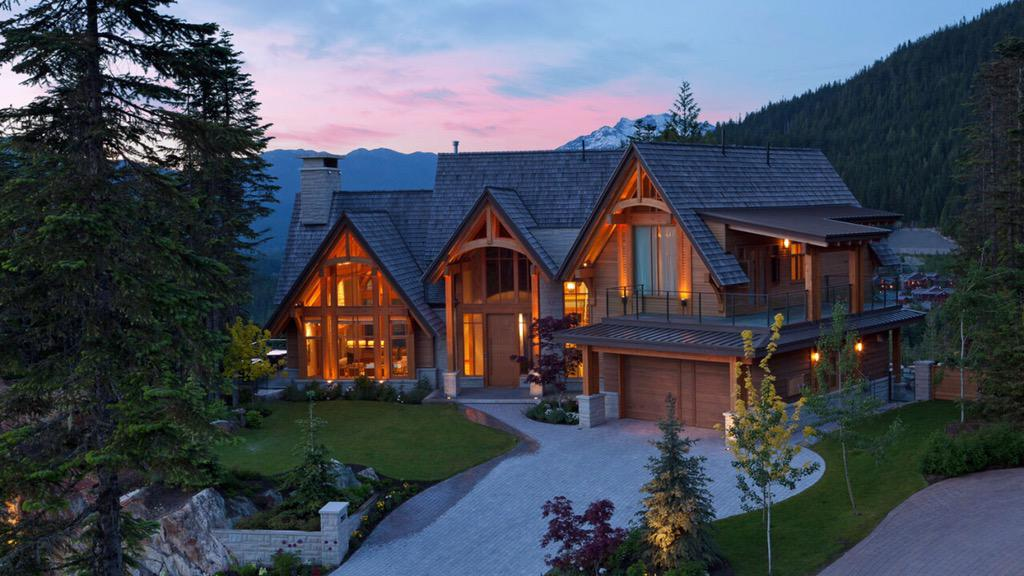 Billionaires on twitter massive mountain mansion with an awesome view - Mountain house plans dreamy holiday homes ...
