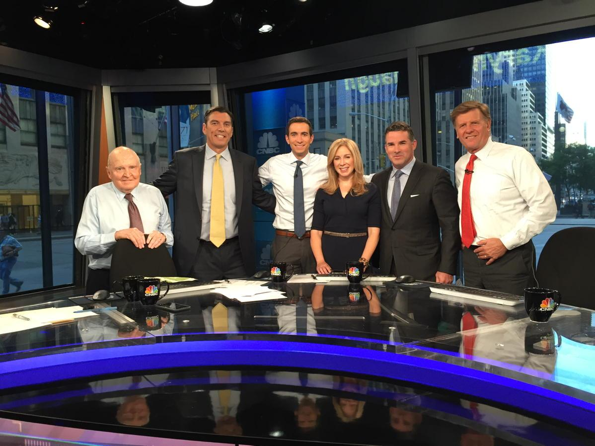A major power breakfast on @SquawkCNBC - future of leadership & your money.. http://t.co/PI9nxJhrRx