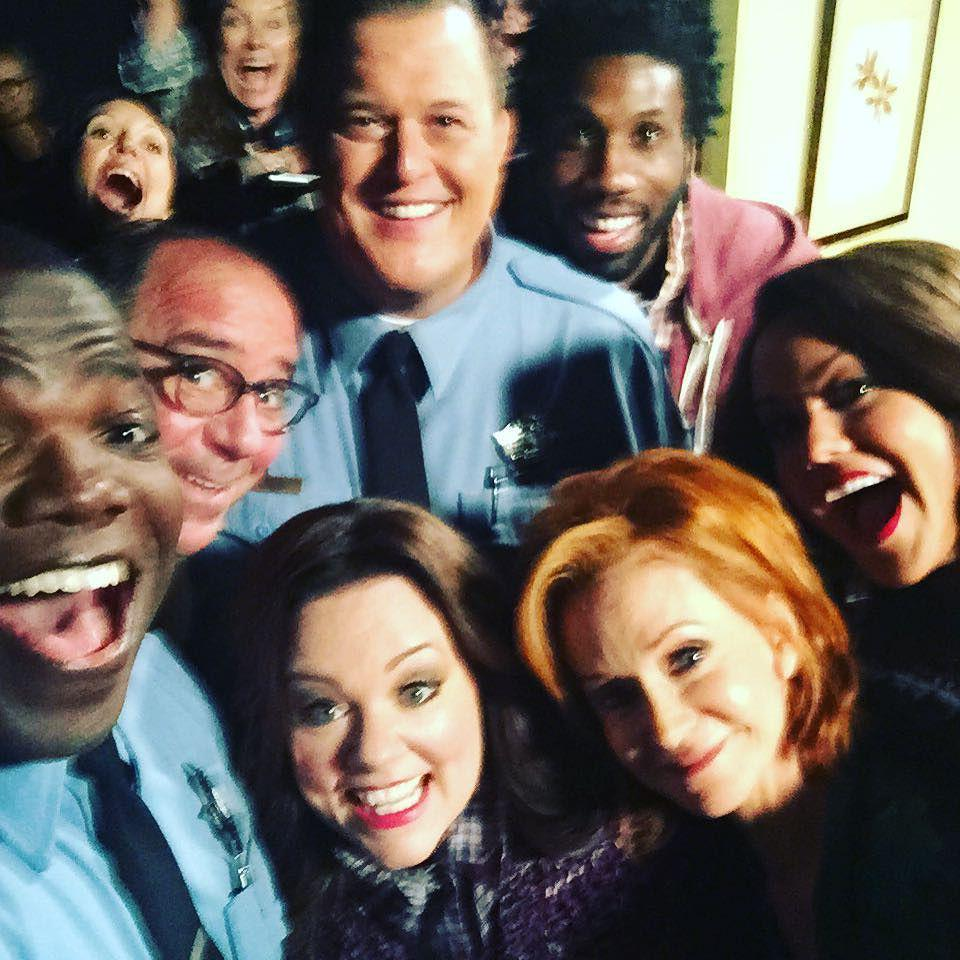 Great 1st show last night. My TV family! Love these people. #mikeandmolly #season6 #wearef… http://t.co/yzlxmOLYvP http://t.co/BOdCSmSvut