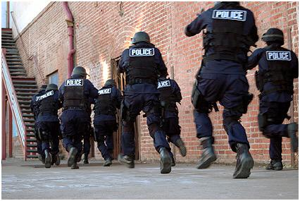 Meanwhile at @triplej head office... #freekaren #michaelkeenan #lifeofkaren #Auspol #RAK http://t.co/YkceuVweT0