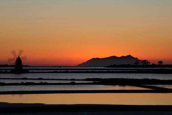 Saline di Trapani al tramonto.
