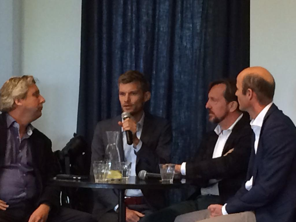 "On stage ""how to scale @CapitalWeekAMS #impinv & #socent""? @ToniicNetwork @abnamro @dutchgroup @doubledividend  http://t.co/vx17gwqOnZ"""