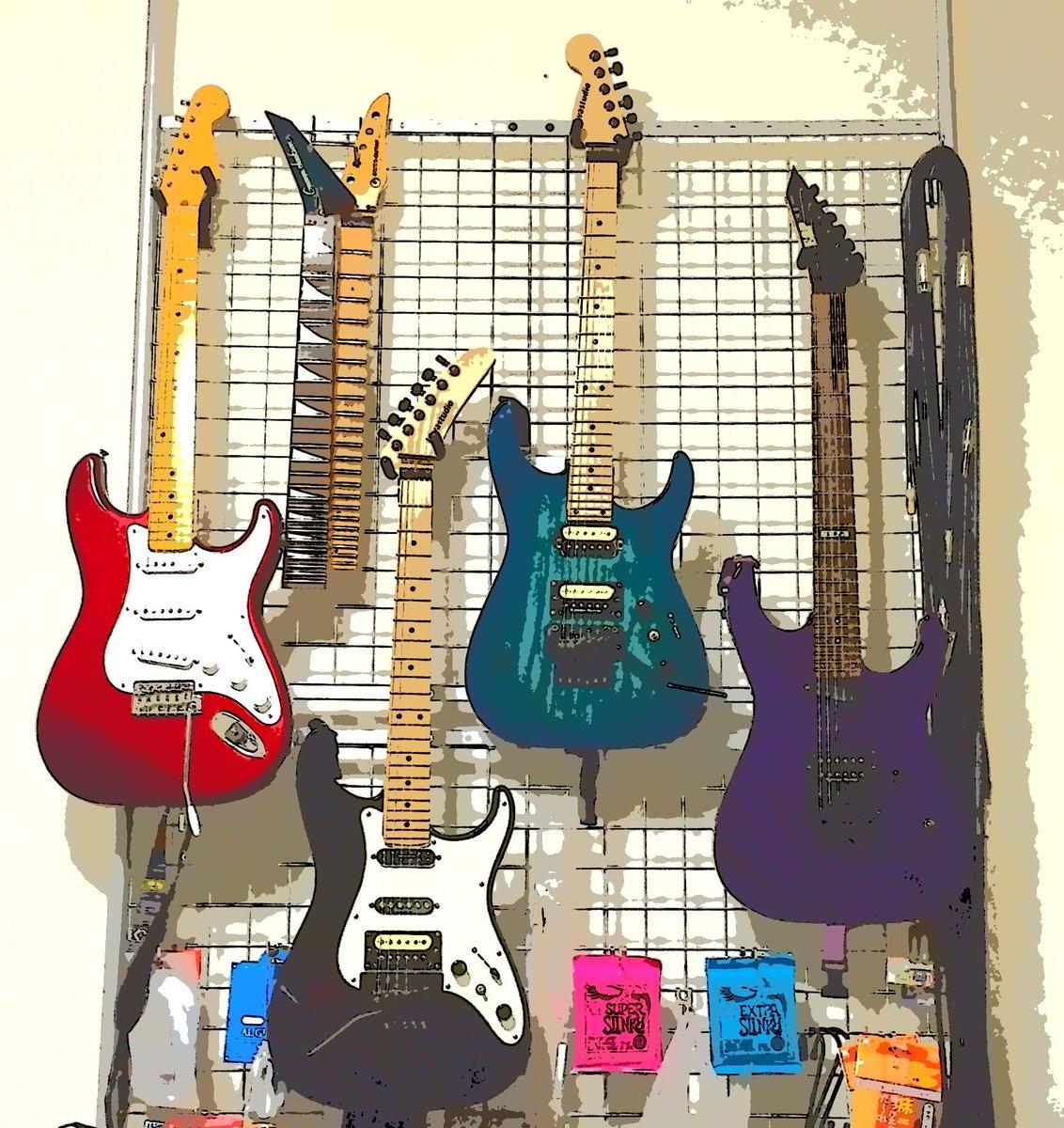 ミディアム スケール ギター