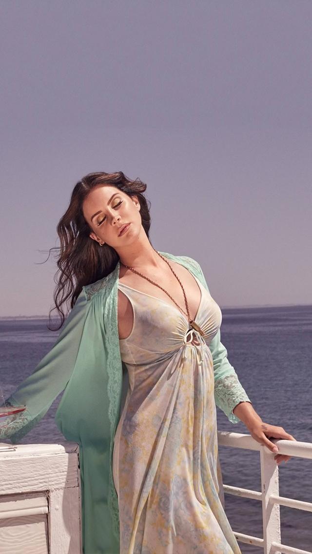 Permalink to Lana Del Rey Beach Wallpaper