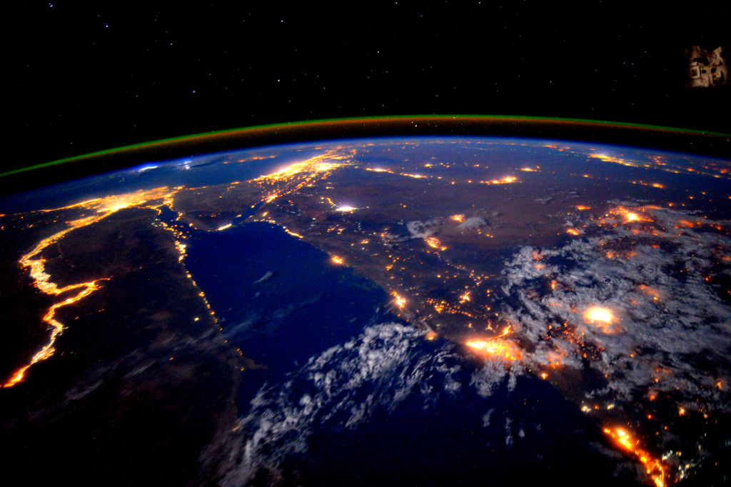 A stunning pic taken by @StationCDRKelly while on @Space_Station shows the Nile River at night http://go.nasa.gov/1iAE3EV