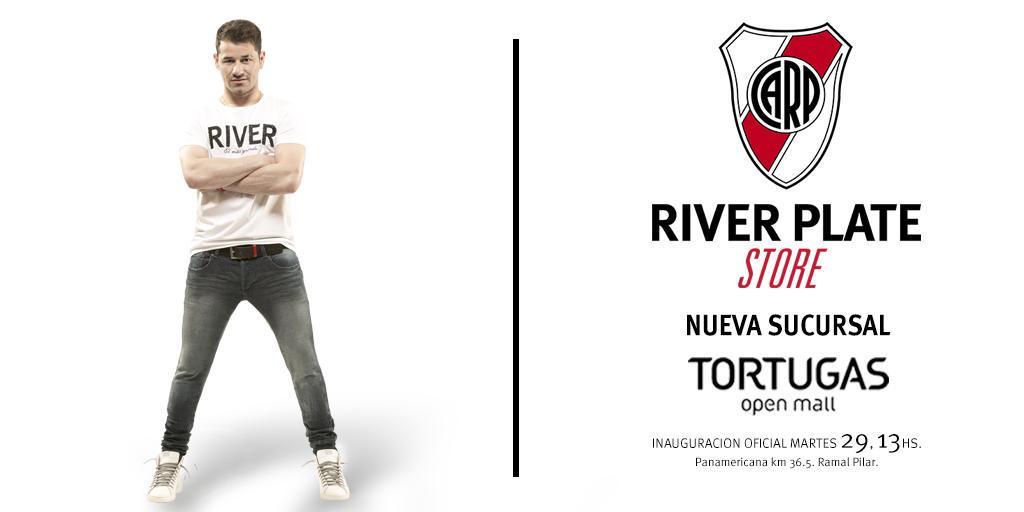 El backstage de Mora en River Plate Store