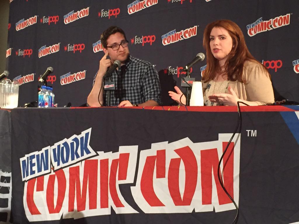 """This isn't midnight sun I'm sorry!! @NY_Comic_Con #twilight10 http://t.co/QLeeVOvSLm"