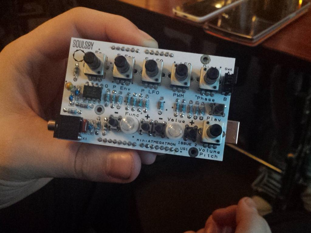 Many knobs on an Arduino Uno with a Soulsby shield http://t.co/i0cfsigEXW