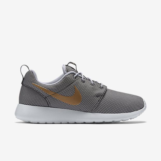 nike roshe one metallic gold wolf grey