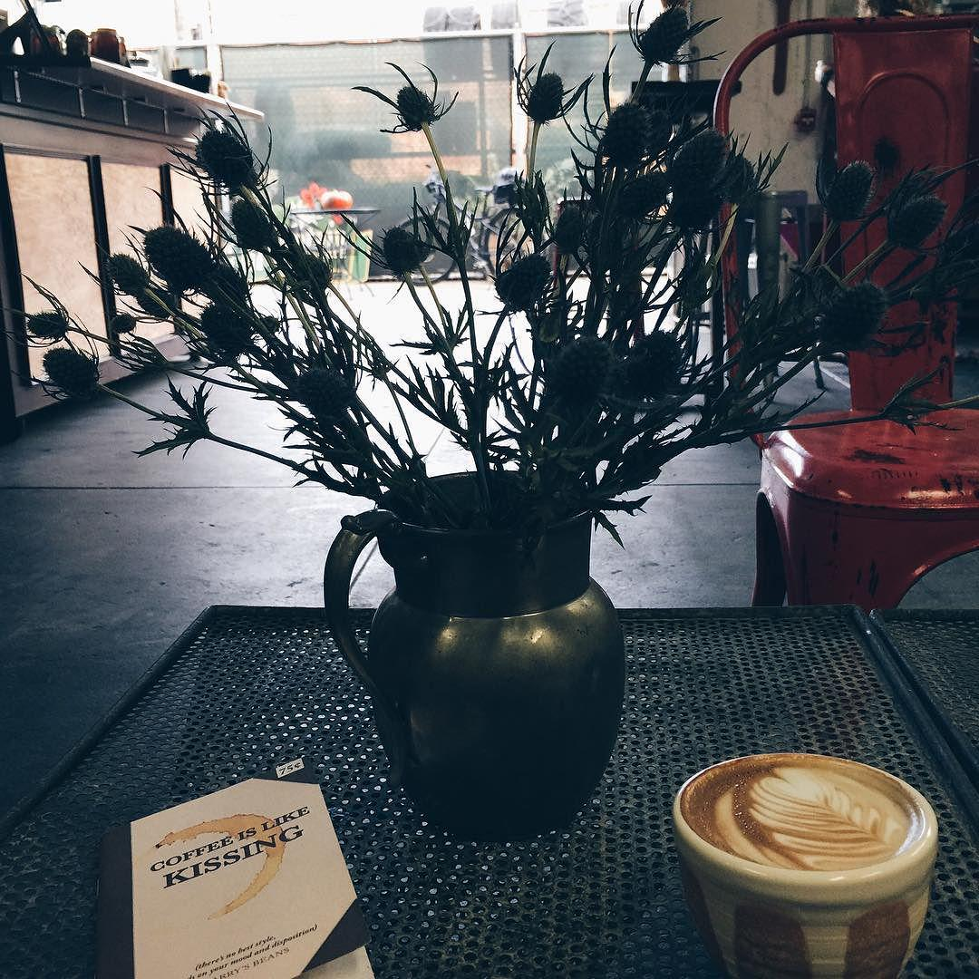 by .@huddlecowork Brainstorm session over coffee ☕️💡 #huddlecowork #downtownstockton #stocktonca #trailcoffee #flatw… http://t.co/khOqDNpR1M
