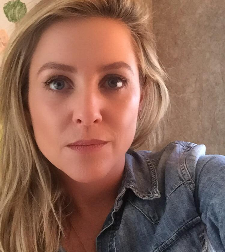 jessica capshaw on twitter y all keep asking for a