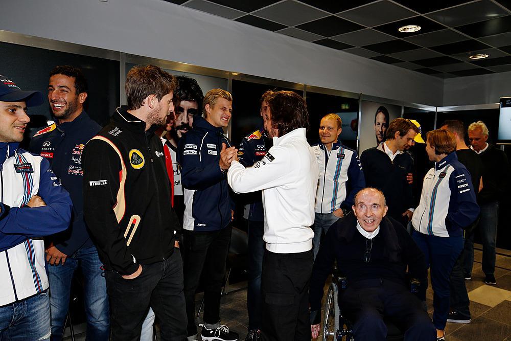 250 GP's de Alonso CQ4uQ_zW8AA33em