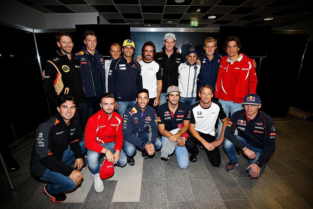 250 GP's de Alonso CQ4uRTZWIAElP9-