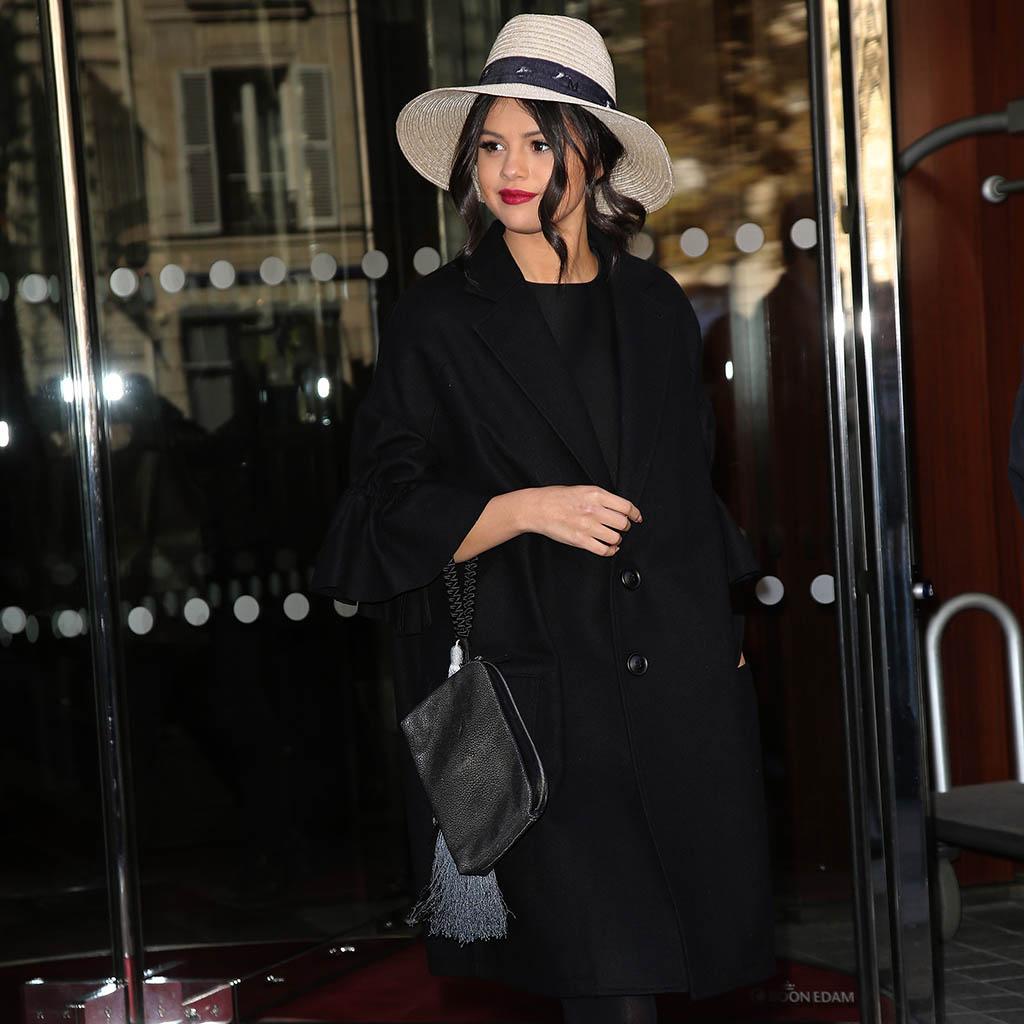 #7infosELLE : émouvante, Selena Gomez se confie sur sa maladie http://t.co/Xu8ssIZU7S