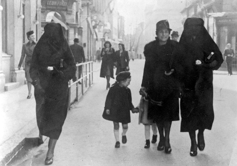 During WWII these Muslim women helped shelter Jews from the Nazis' #HateUnchecked. #LoveYourNeighbor http://t.co/sz0mthn8BK