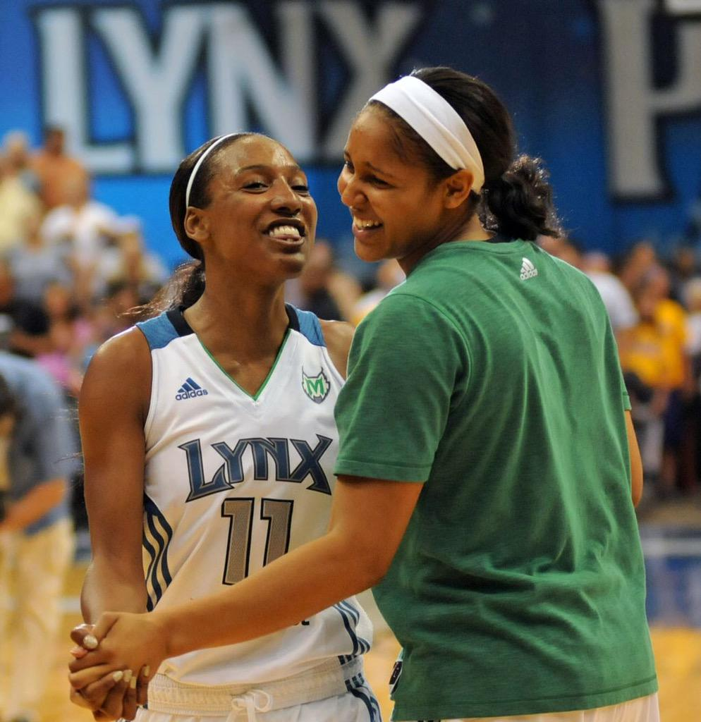 Love this girl ❤️❤️❤️❤️❤️❤️ #MVP #MayaMoore #WNBAFinals #Superstar http://t.co/sNnf2H7rsP