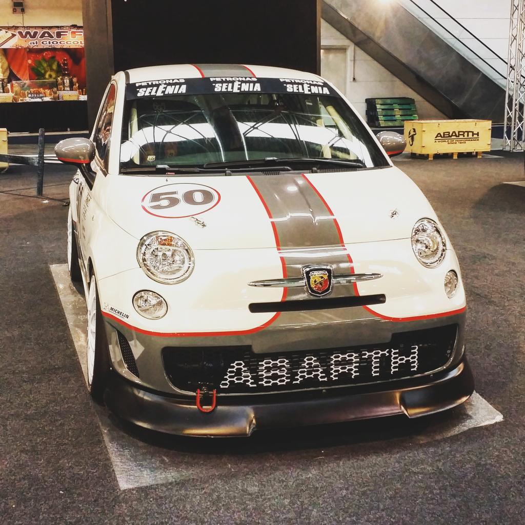 Fiat 500 Abarth Scoprione Foto.