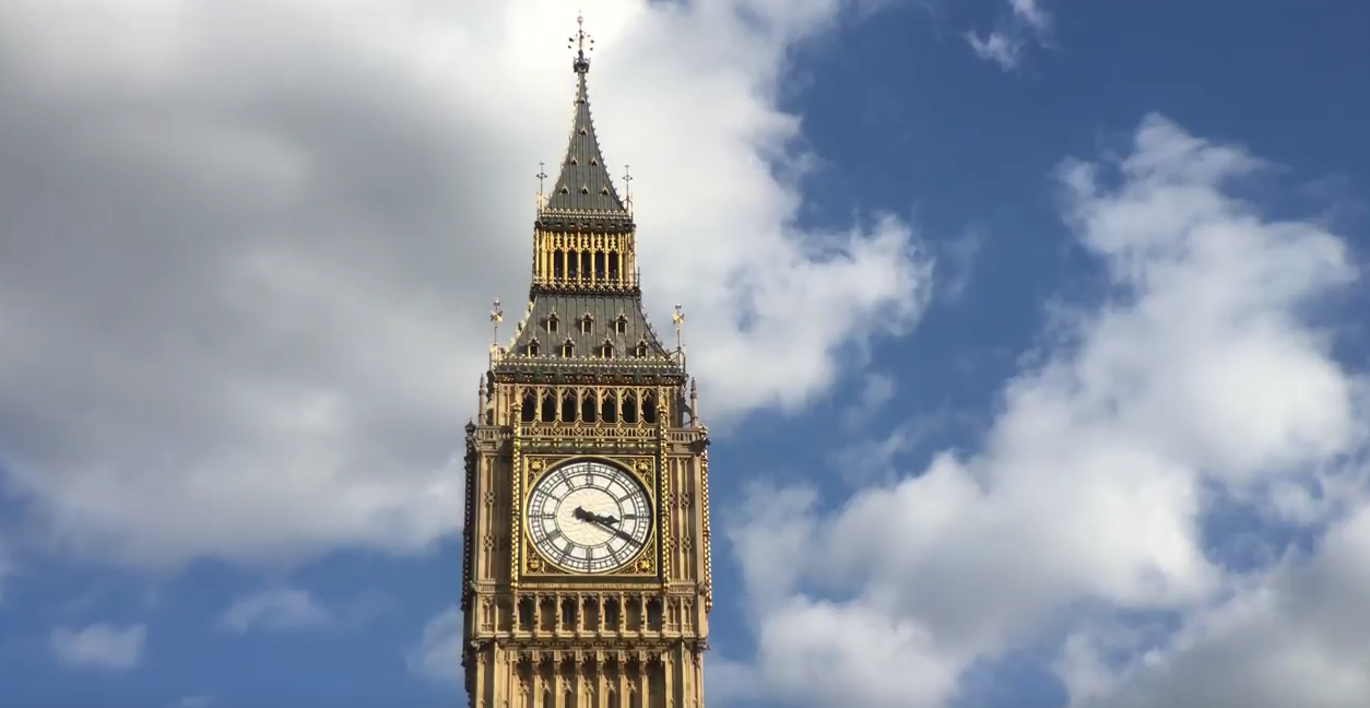 RT @TheNextWeb: Check out this 4K video of London shot entirely on an iPhone 6s http://t.co/3Zz6HuFMKr http://t.co/Yf96iCK0FJ