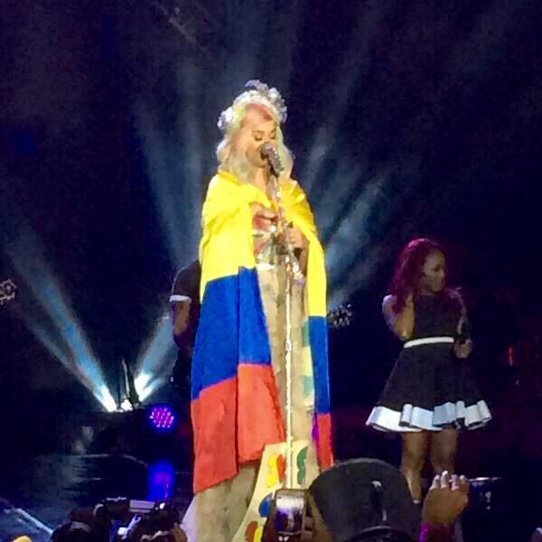 Katy Perry >> The Prismatic World Tour - Página 9 CQ9GwgZW8AA8d2D