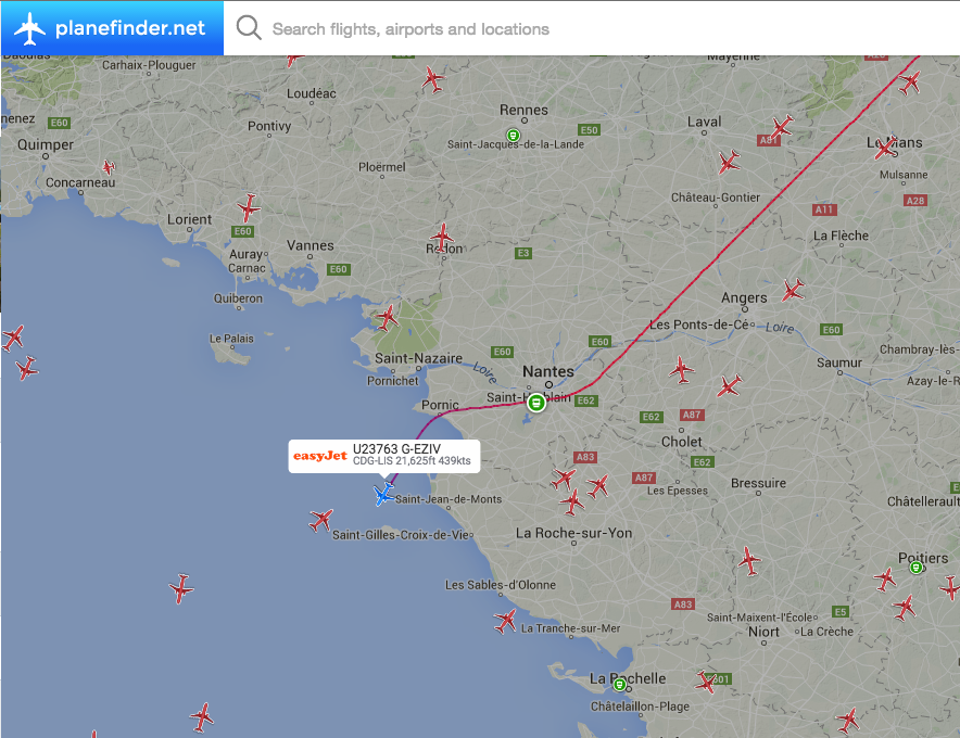 AIRLIVE on Twitter BREAKING Easyjet U23763 from Paris CDG to