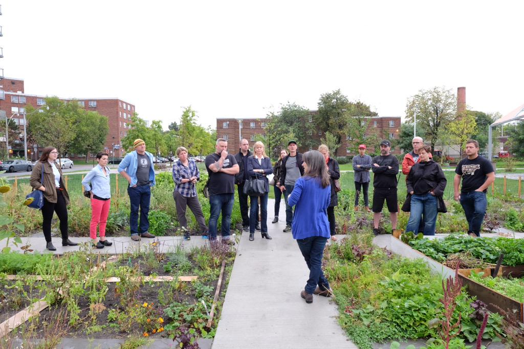 Making healthy, good food accessible to all.Tour of @RegentParkCFC this AM.Take part &reso at http://t.co/f7riaVTNlp http://t.co/ZY9YdyEpj7