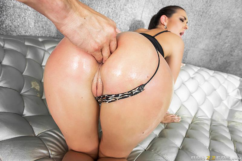 rani mukharji hot erotic image frees