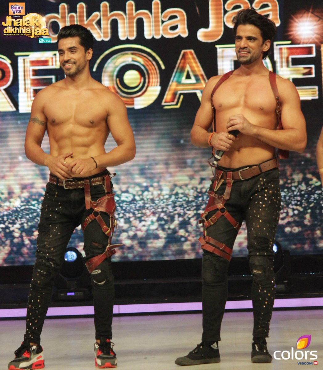 Gautam Gulati and Mohit Malik in Jhalak Dikhla Jaa 8 Reloaded