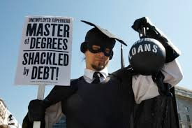 Attention 18 to 25 Year Olds drowning in student debt, check this out http://t.co/JwVQTr0kPB http://t.co/jg1cF1woI8