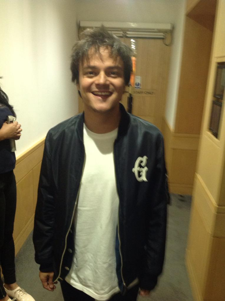Next up - some lunchtime listening with the fantastic @jamiecullum http://t.co/9ykpO0v6A1
