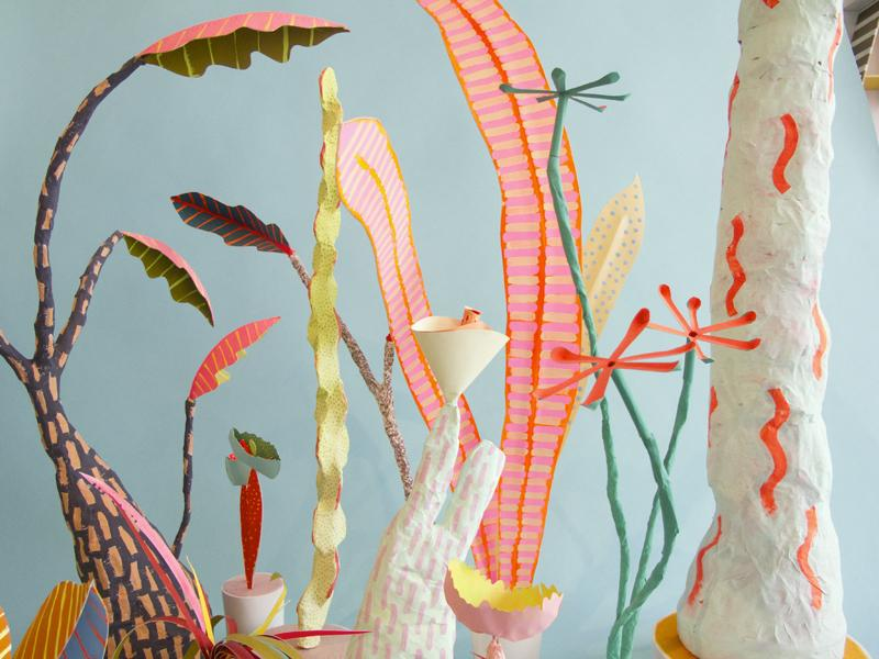 Magical wonderland of paper plants by CHIAOZZO http://t.co/lg0ahmztlZ #craft #DIY #paper #art http://t.co/qCO0P1srVA