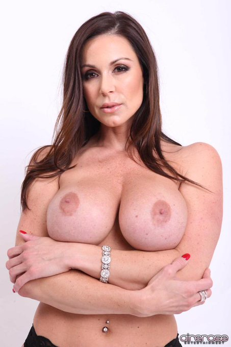Happy #TittyTuesday #LustArmy pic from @airerose http://t.co/s54ppFXFyS