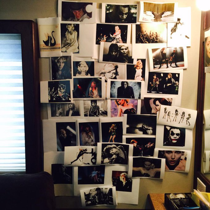Day 19: one of my #darkswan walls of inspiration. #101smiles #uglyducklings http://t.co/AkaXWMDyns