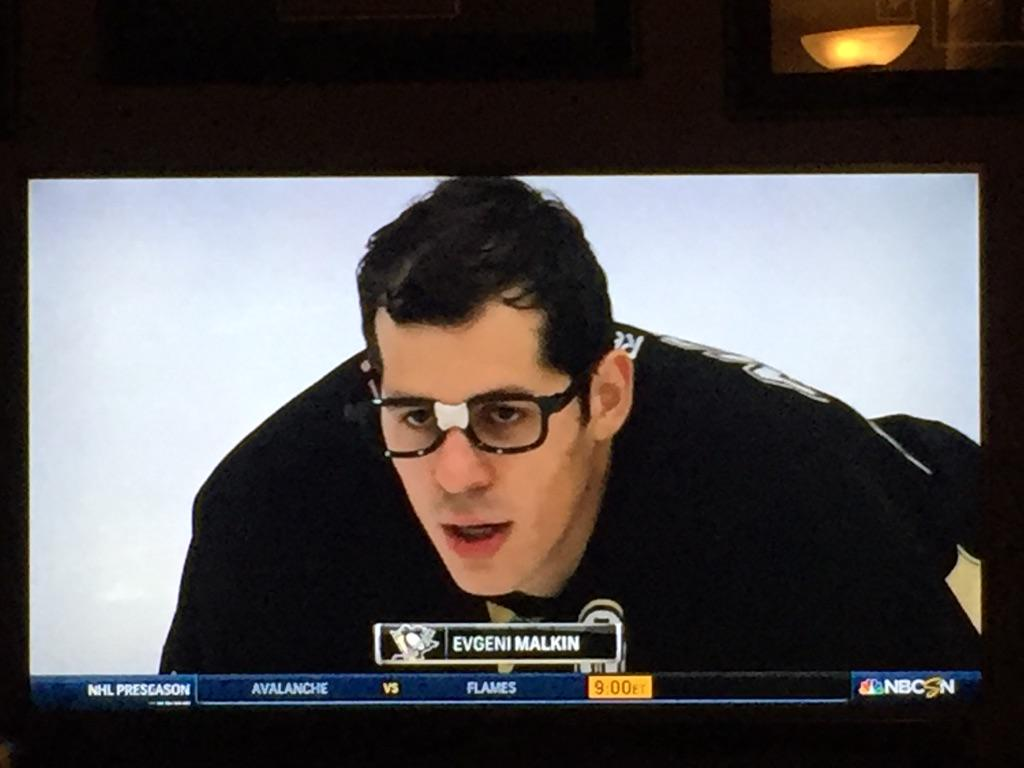 This just made my night! #hockeyvilleusa #pens http://t.co/NnFA44ZbHh