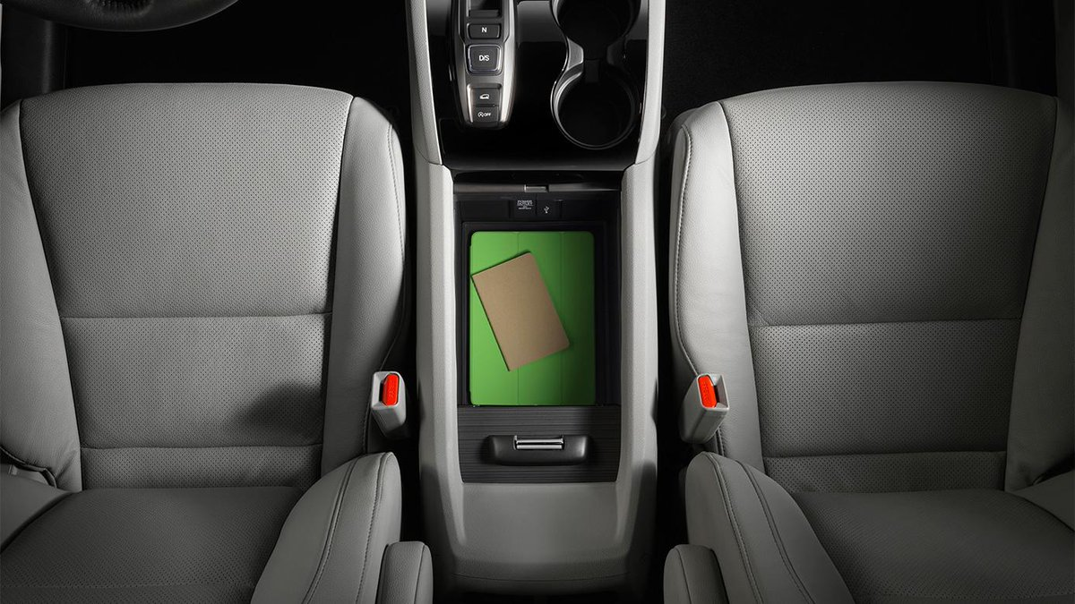Dch Honda Of Nanuet On Twitter A Spacious Center Console Provides