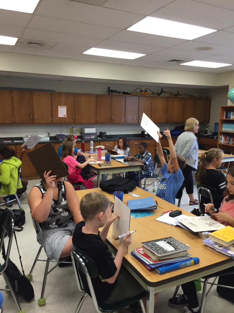 """Ms. Yeager's science students practicing their vocabulary words with a """"Show me"""" activity! http://t.co/yisaYky2vs"""