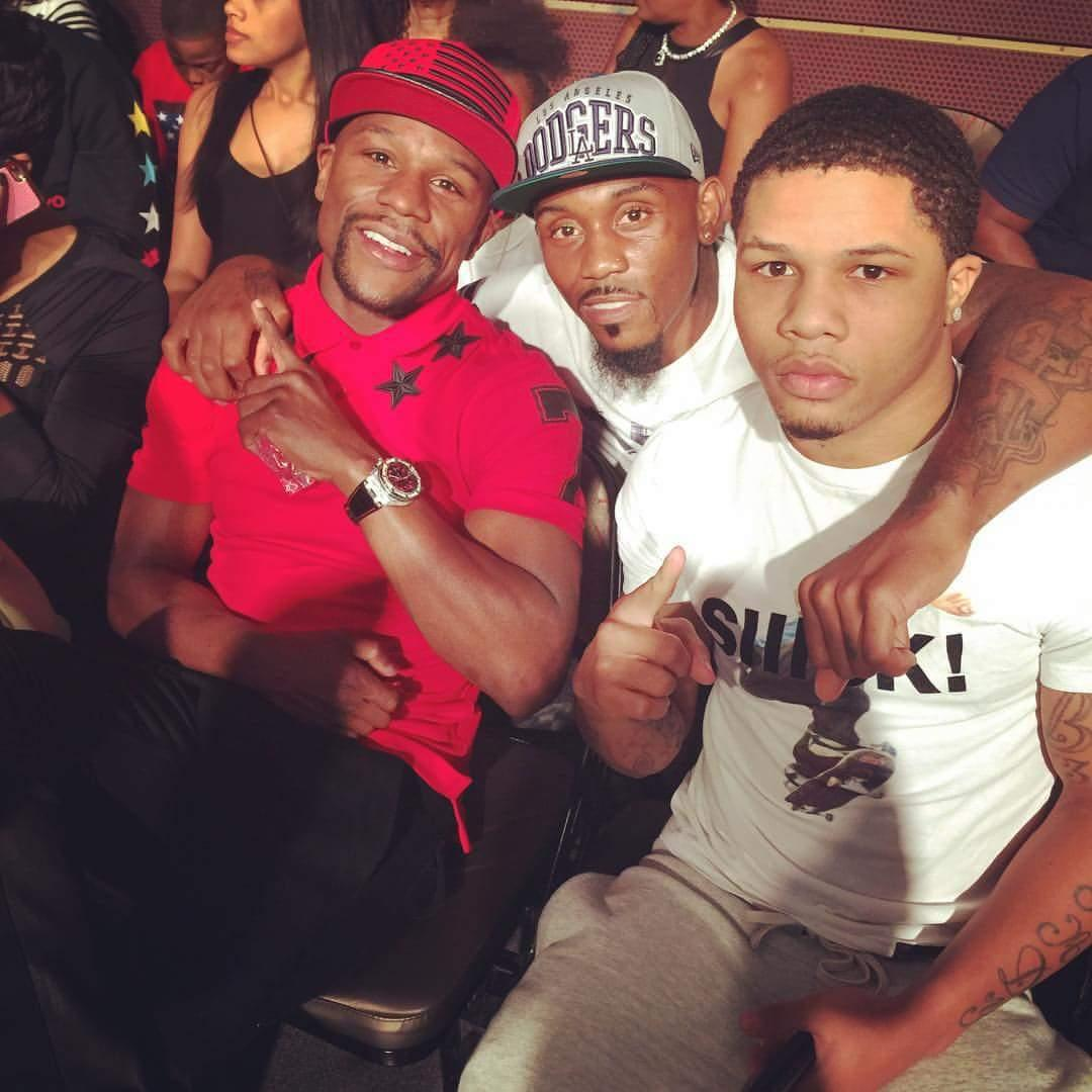 Checkin out the fights!  @LanellBellows @FloydMayweather @GervontaDavis http://t.co/a1W3wB1nCR