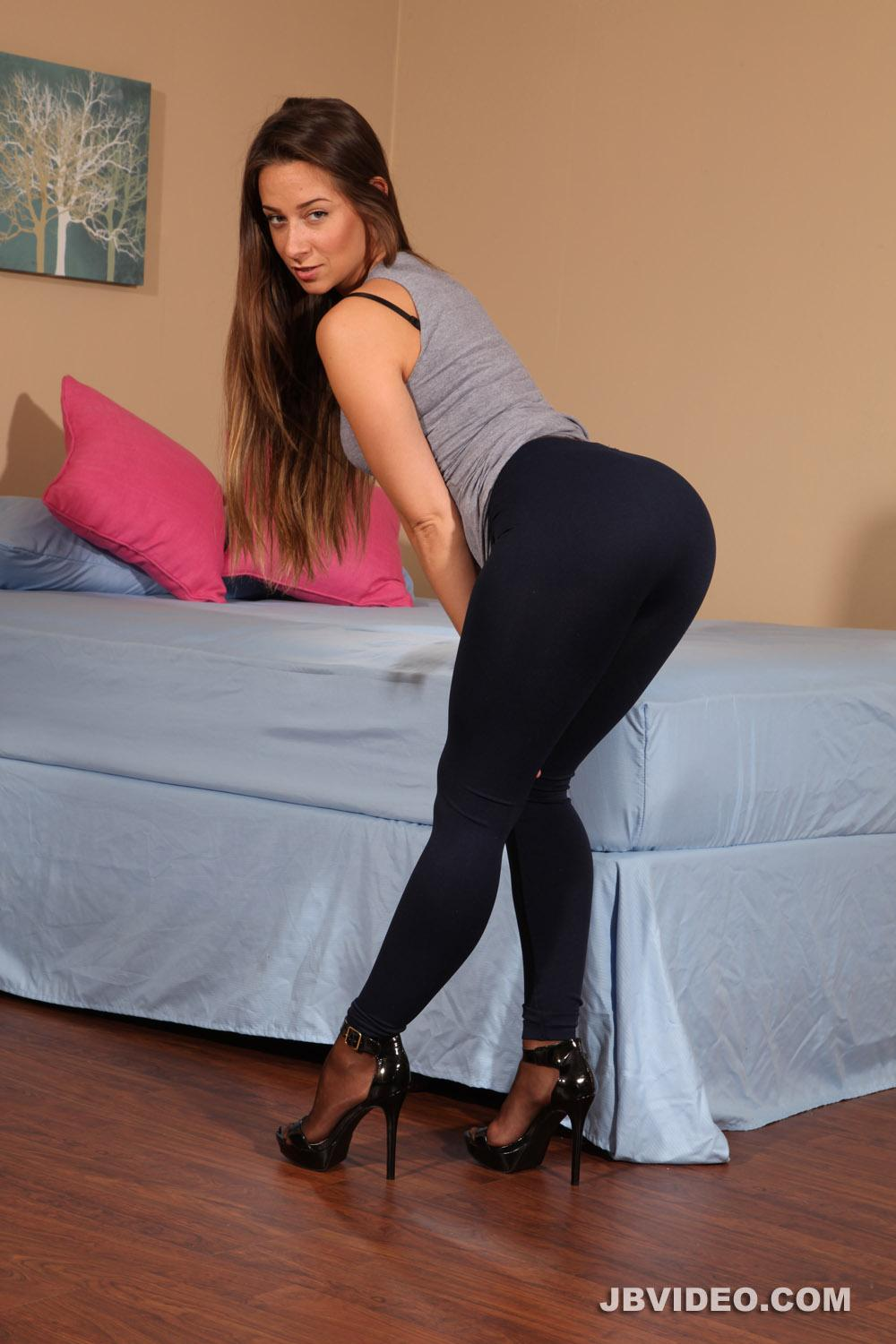 New Pantyhose Sex Tease 105