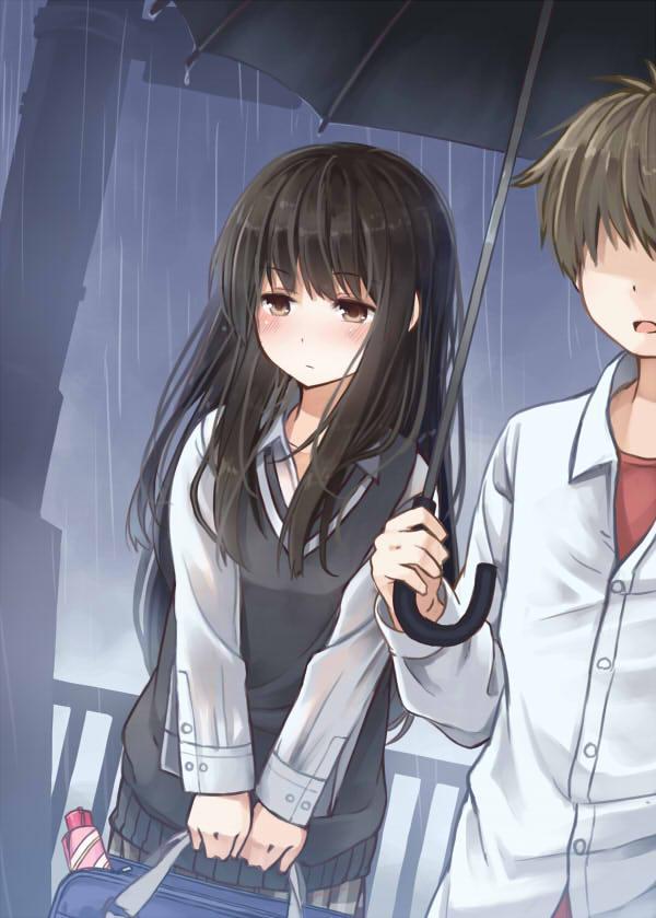 傘を忘れたことにして好きな人との相合傘に成功したものの、想像していたより距離が近くて緊張で何も話せない女の子 pic.twitter.com/iEvbexlver