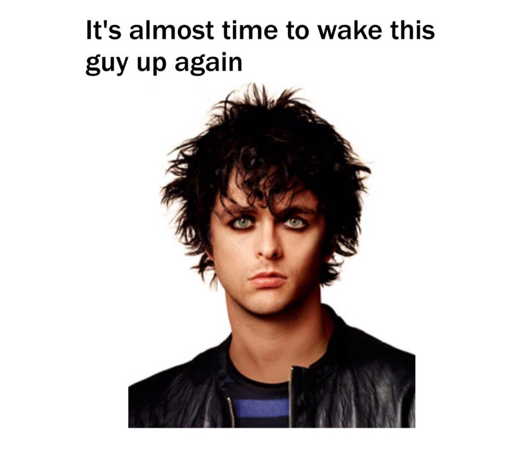 Hey did anybody wake Billie Joe Armstrong up today? #SeptemberEnds http://t.co/QS9KWTcU39