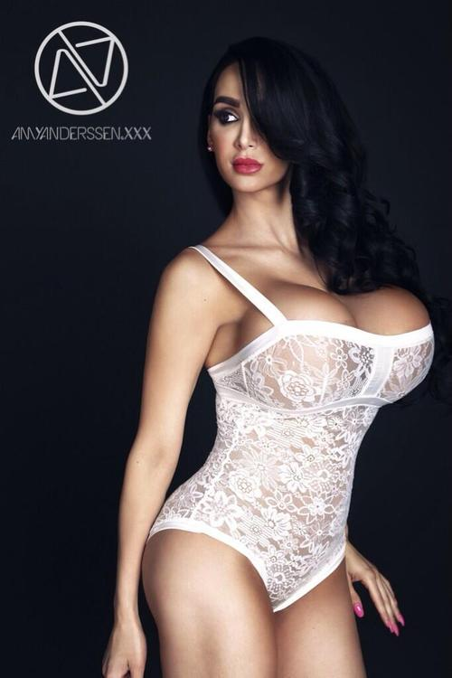 Thumbnail for Amy Anderssen