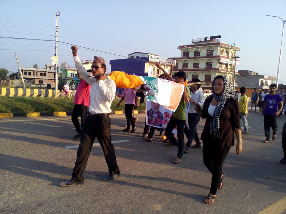 मोदीको शवयात्रामा हजारौं नेपाली सहभागी