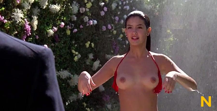 Naked phoebe naked phoebe halliwell — photo 7