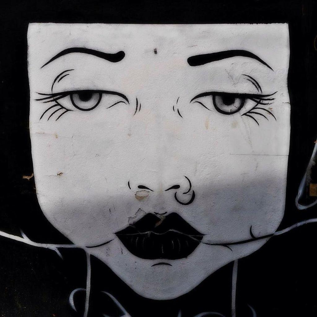 #streetartberlin #urbanart #art #kunst #graffiti #berlin #ikbineinberliner #iphoneonly #iloveberlin #hauptstadt #fr…pic.twitter.com/uu5qG13598