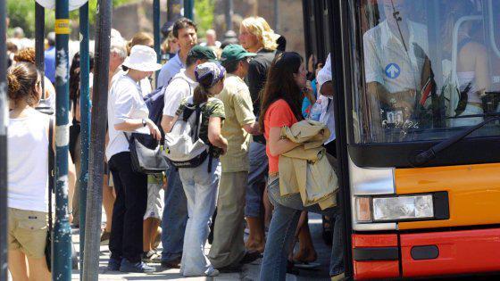 2 ottobre: Oggi Festa dei Nonni e Angeli Custodi con Sciopero Trasporti Pubblici.