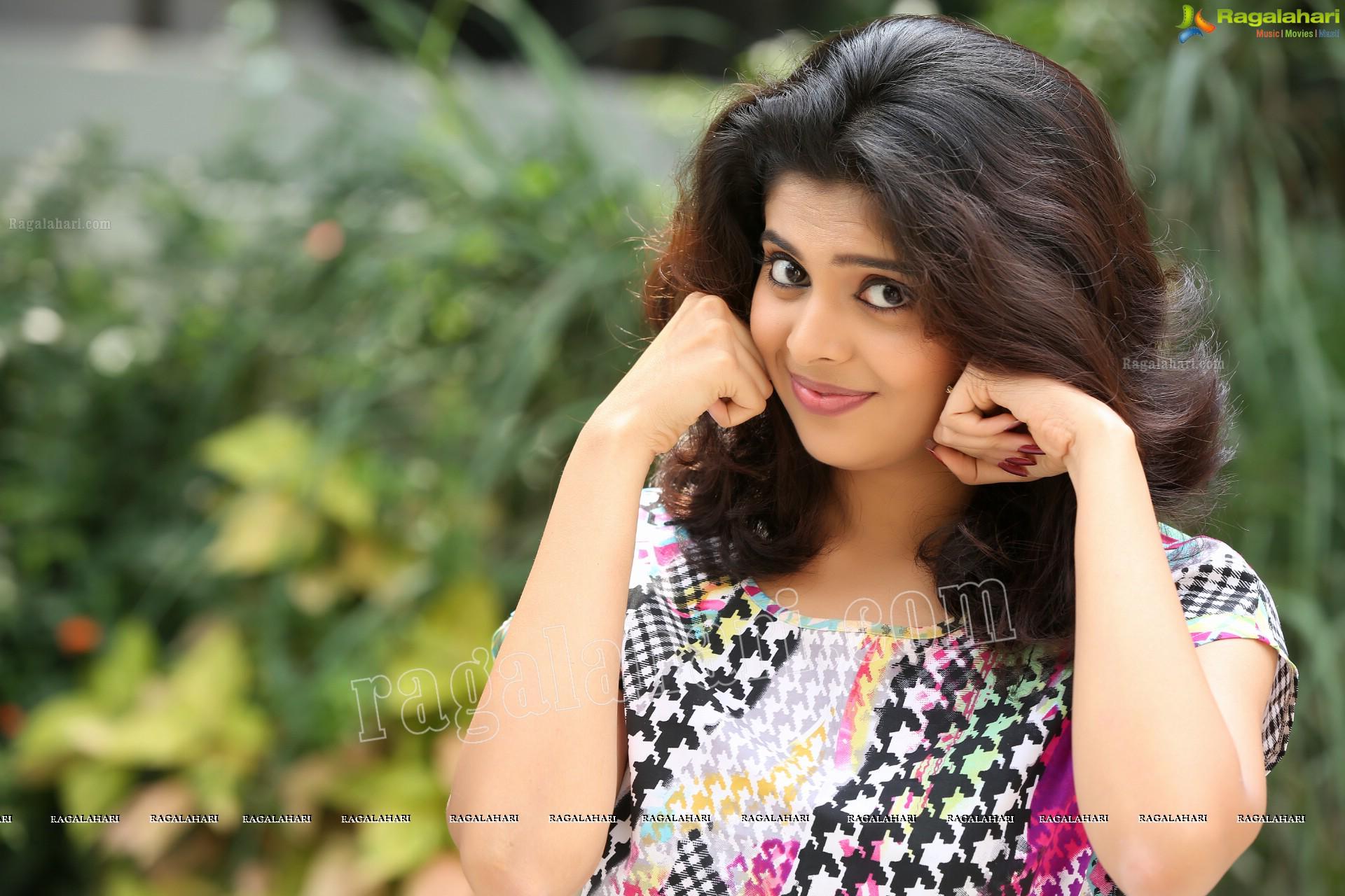 """Ragalahari On Twitter: """"#tollywood Actress Shravyah's"""