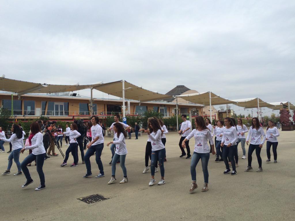 #scelgolaprevenzione a passo di danza #FS4Expo2015 #Milano @samuel_peron http://t.co/SaB0F8zGen