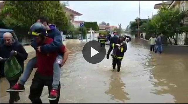 Alluvione Olbia 2015. Fiume tracimato zona san Nicola uscita circonvallazione.