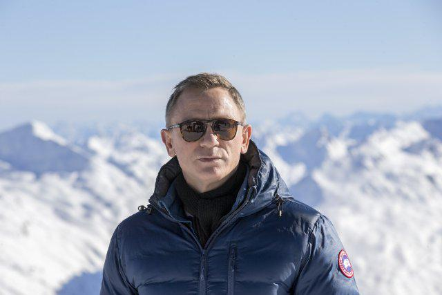 Imdb On Twitter Daniel Craig Says Spectre Won T Be His