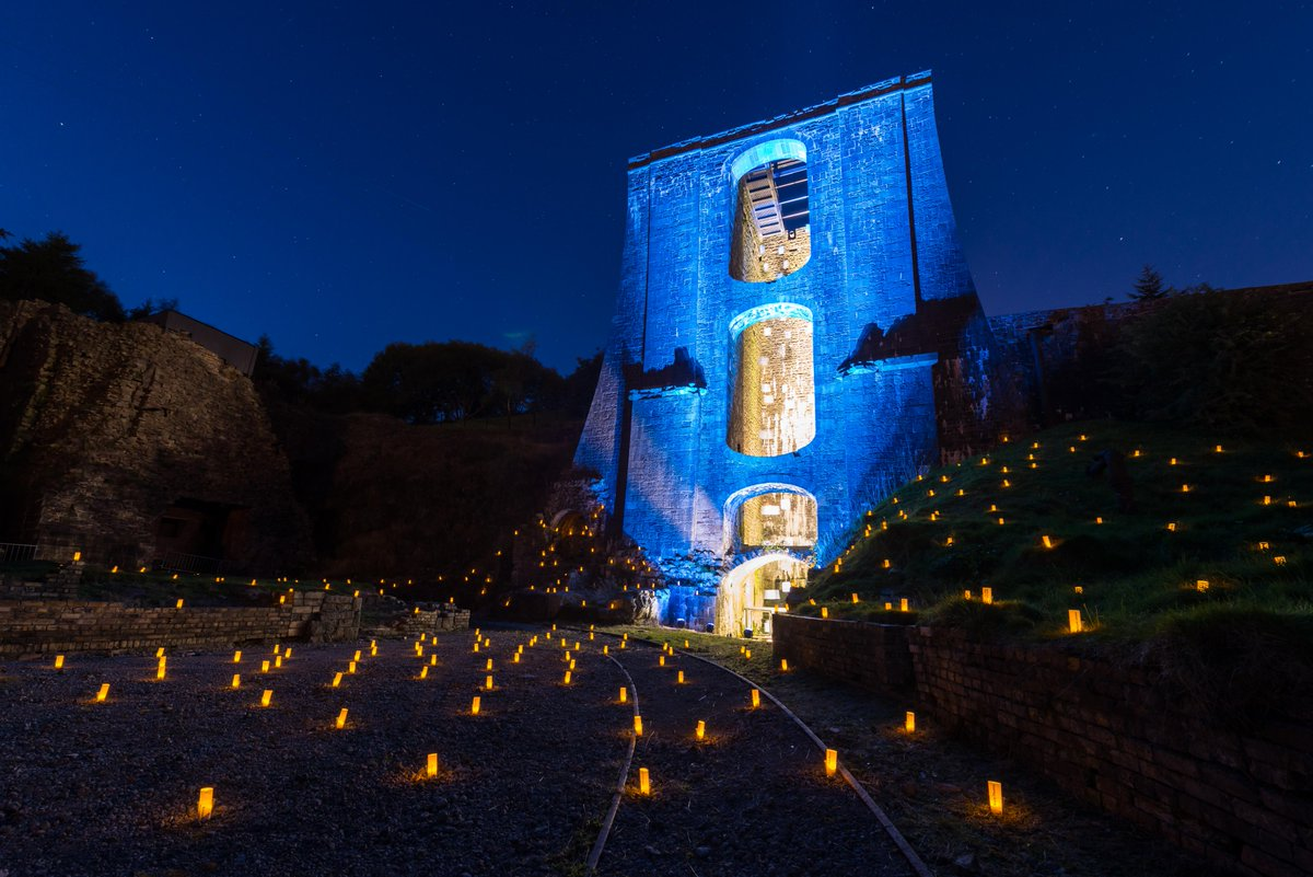 Otherworldy photos coming in from #Blaenavon on the Night of Heritage Light, by Kenton Simons #NoHL https://t.co/RauFpuaARA