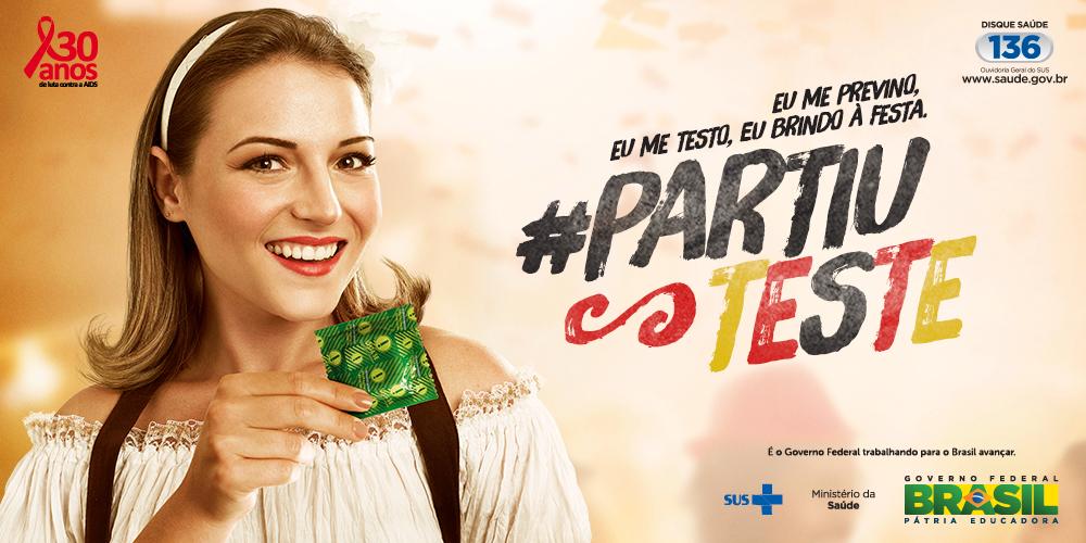 A Oktoberfest está aí e c/ ela a alegria e a responsabilidade. Previna-se contra o HIV. Use camisinha e #partiuteste